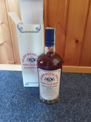 obrázek Velier Royal Navy Very Old Rum 57,18% 0,7l