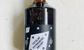 Totálně vytroubený absint Žufánek 0,5l 70% L.E.