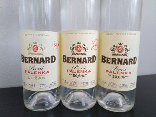 obrázek Kompletní série limitované edice 0,5l pivních pálenek Bernard